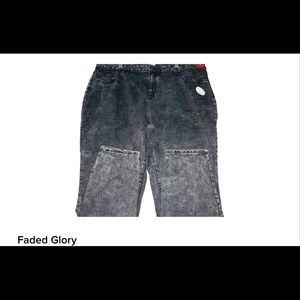 🌺🌺NWT🌺FADED GLORY DISTRESSED JEANS🌺26/29🌺🌺